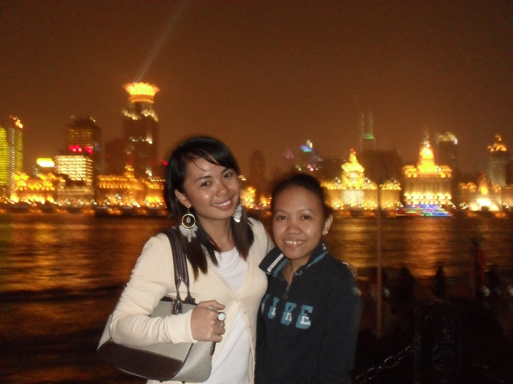 Sorry for a very bad shot here in the Bund. we're no photograpers! brr. .
